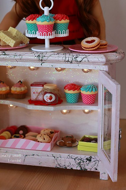 DIY Lighted Bakery Case