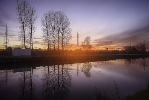 port la couleurs centre ciel industriel wallonie région hainaut louvière