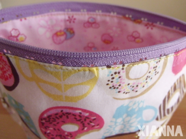 Donuts bag by Xianna