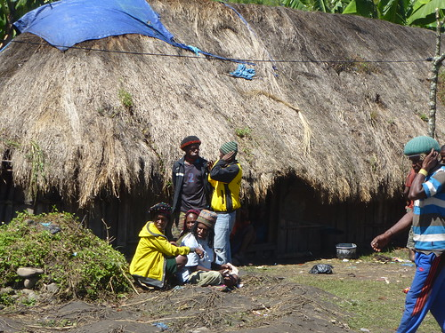 Papou13-Sinatma-Fete au village (14)