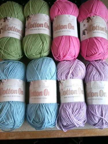 More crochet yarn