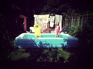 Paddling pool in the garden