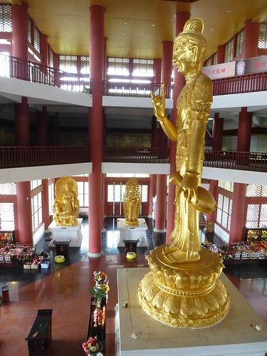 Yunnan13-Dali-3. Salle de cuivre et pluie (9)
