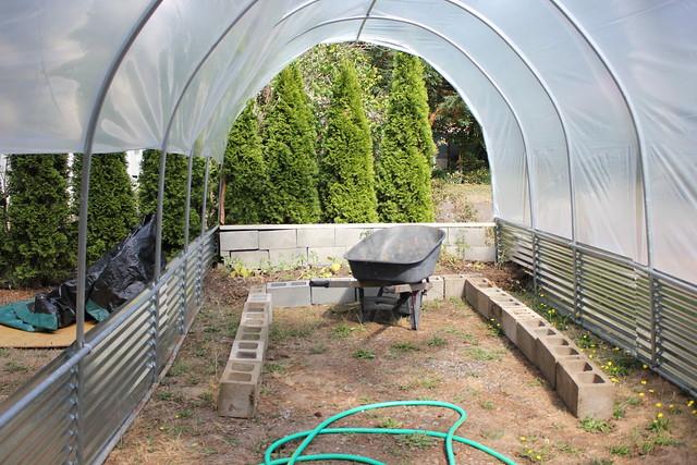 Grenhouse Gardening