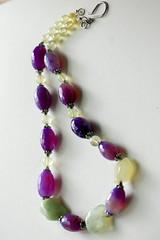 pink(0.0), petal(0.0), amethyst(1.0), art(1.0), purple(1.0), violet(1.0), jewellery(1.0), lavender(1.0), gemstone(1.0), bracelet(1.0), bead(1.0),