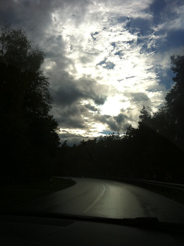 Autumn in the Taunus_temperamental clouds