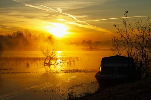 Sfumature mattutine. by Claudio61 una foto ferma un ricordo nel tempo