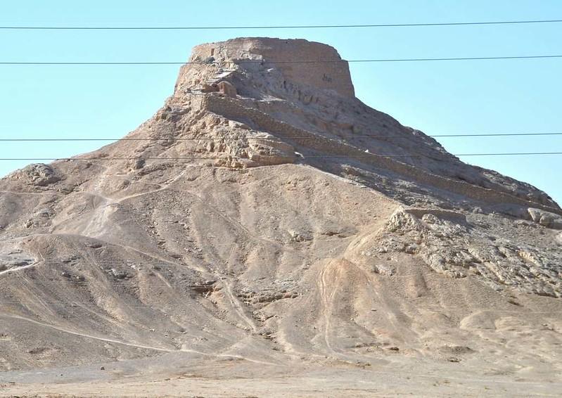312 cementerio del Zoroastro en Yazd (3)