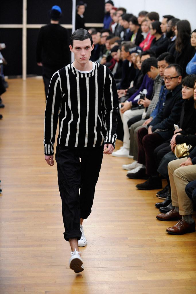 Adam Abraham3072_FW14 Paris Comme des Garcons Shirt(Style.com)
