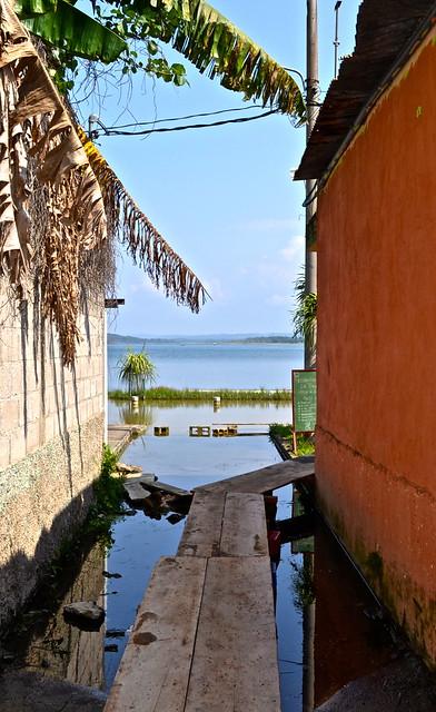 Getting to La Danta Restaurant  - Flores Guatemala