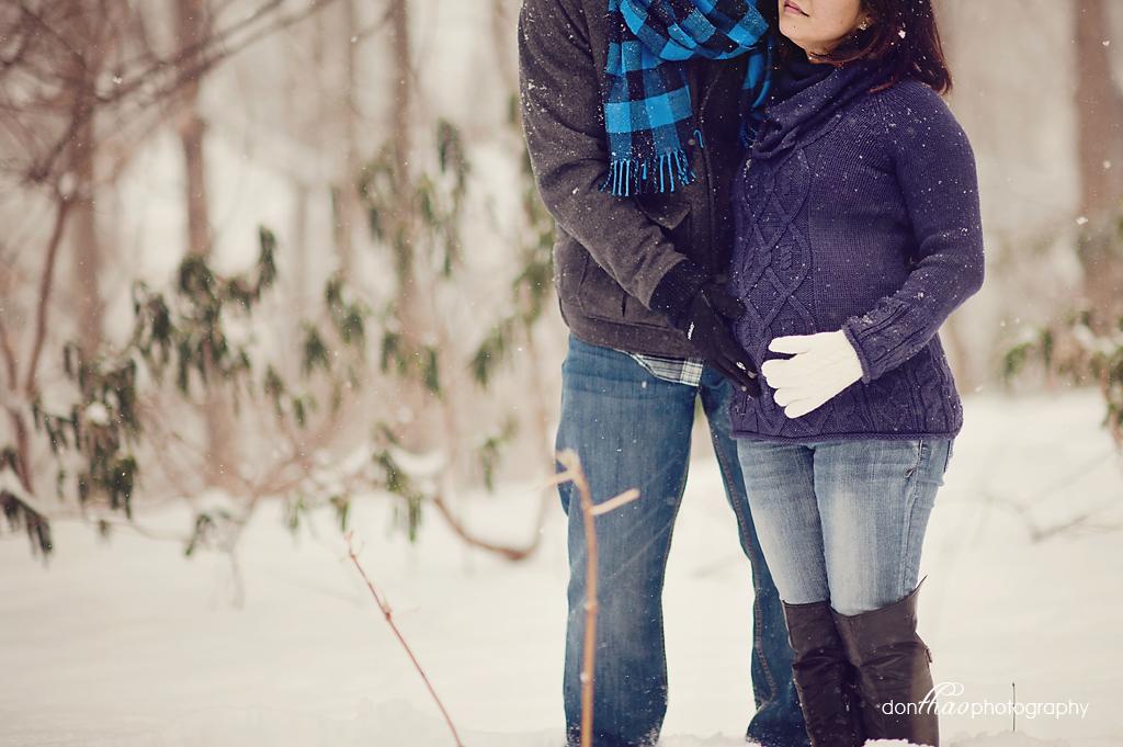 Beautiful Grand Rapids winter maternity photographer, photography