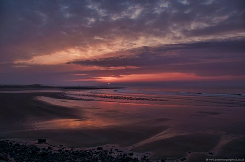 uk sky wales sunrise dawn coast seaside cloudy shore coney porthcawl cf36