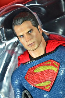 Hot Toys: MMS200 Man of Steel - Superman