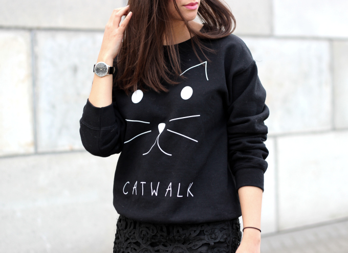 Modemusthaves, catwalk sweater, printed jumper, outfit