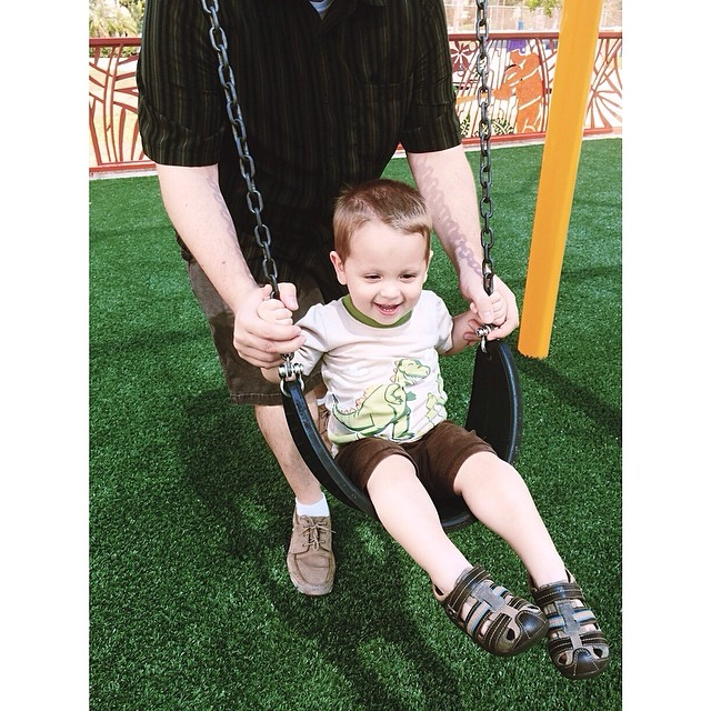 #pictapgo_app swinging with dada! #tamarac #cityoftamarac new #playground