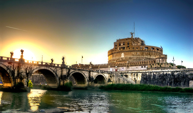Rome, Castel S.Angelo at sunset