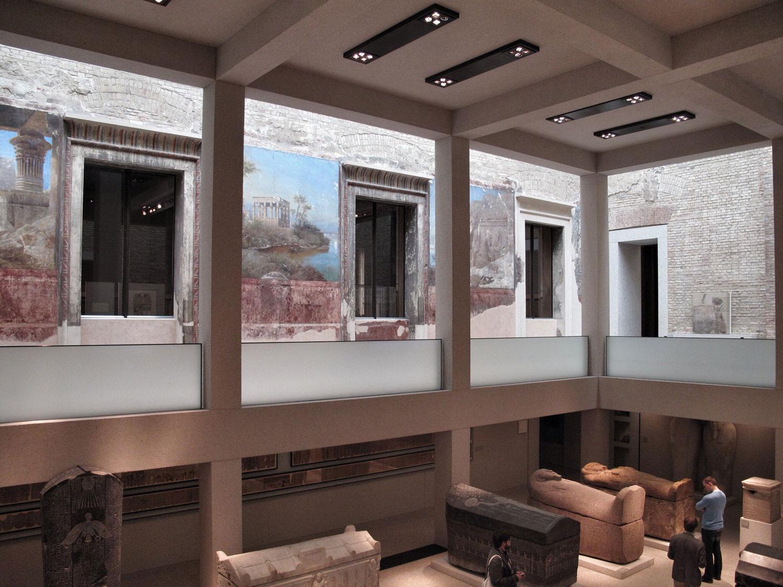 museo nuevo_berlin__arquitectura_patio egipcio_rehabilitacion_pinturas