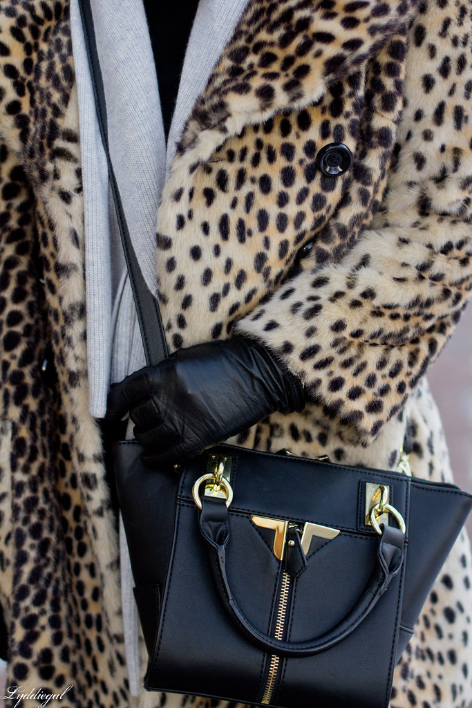 leopard coat, flared jeans, grey scarf-7.jpg