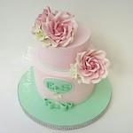 Pink roses... #engagementcake  #cake #nesrintong  #sugarpasteflower  #pinkrose