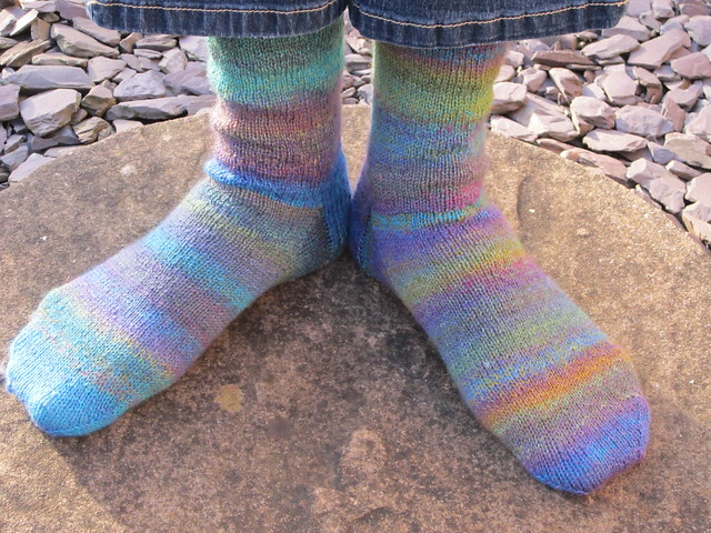 Stinger handspun socks (2)