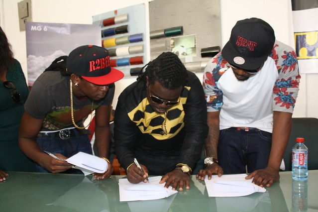 R2bees presented with Ghana Music Awards 'Artiste of the Year' car (11)