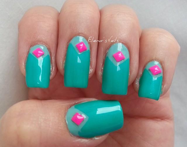 greens pink studs 1
