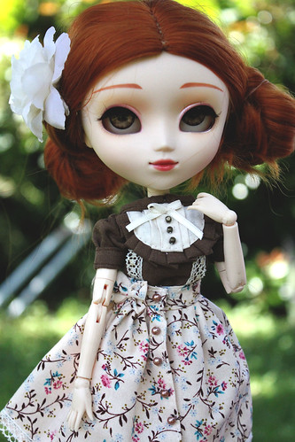 Holly Hatter 9554791644_0333acbf92
