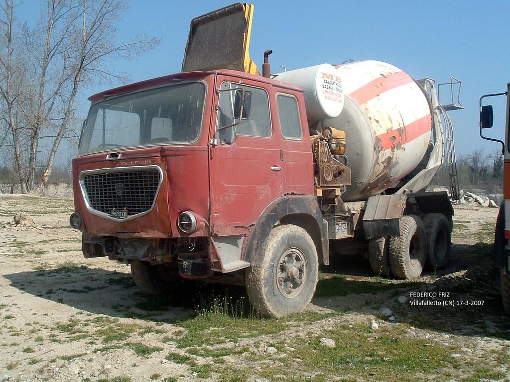 allestimento betoniere su camion 9611261882_c0681506ae_b
