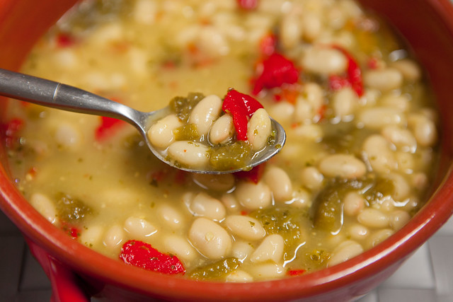 Pesto Roasted Pepper White Bean SoupIMG_5097