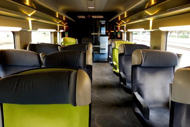TGV車内。一等車。