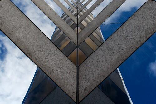 Edificio Postale Locarno - Riflessi by Manuel Buetti
