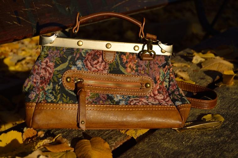 lara-vazquez-madlula-bolso-vintage-flowered-bag