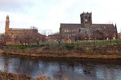 chã¢teau, town, castle, building, river, landmark, reflection, canal, waterway,