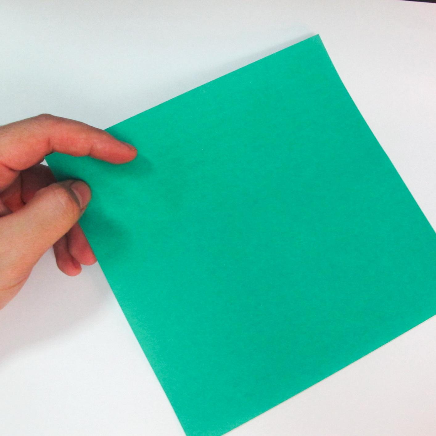 สอนวิธีการพับกระดาษเป็นรูปปลาฉลาม (Origami Shark) 001