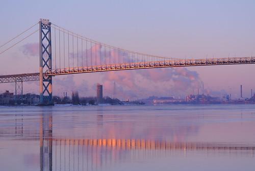 bridge industry river island view flock detroit zug ambassador screaming seaguls downriver