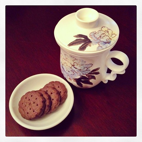#fmsphotoaday March 15 - Evening. Post-dinner tea and cookies.