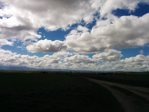 Nubes  cielo camino
