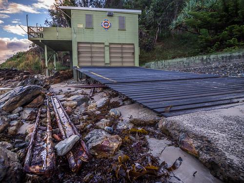 seaweed metal club sunrise fishing rocks australia places newsouthwales coffsharbour charlesworthbay