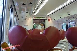 P1060543 Revisor del Limited express Sonic (Fukuoka-Beppu) 13-07-2010