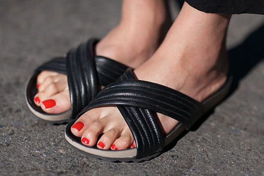 mon_shoes street style, street fashion, women, Valencia Street, San Francisco