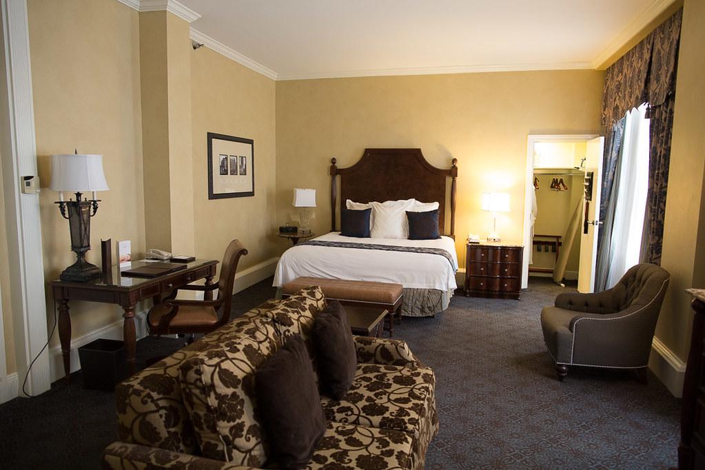 King Bed Superior Room at Roosevelt Waldofr Astoria