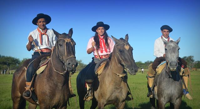 Tres muy 'de a caballo'