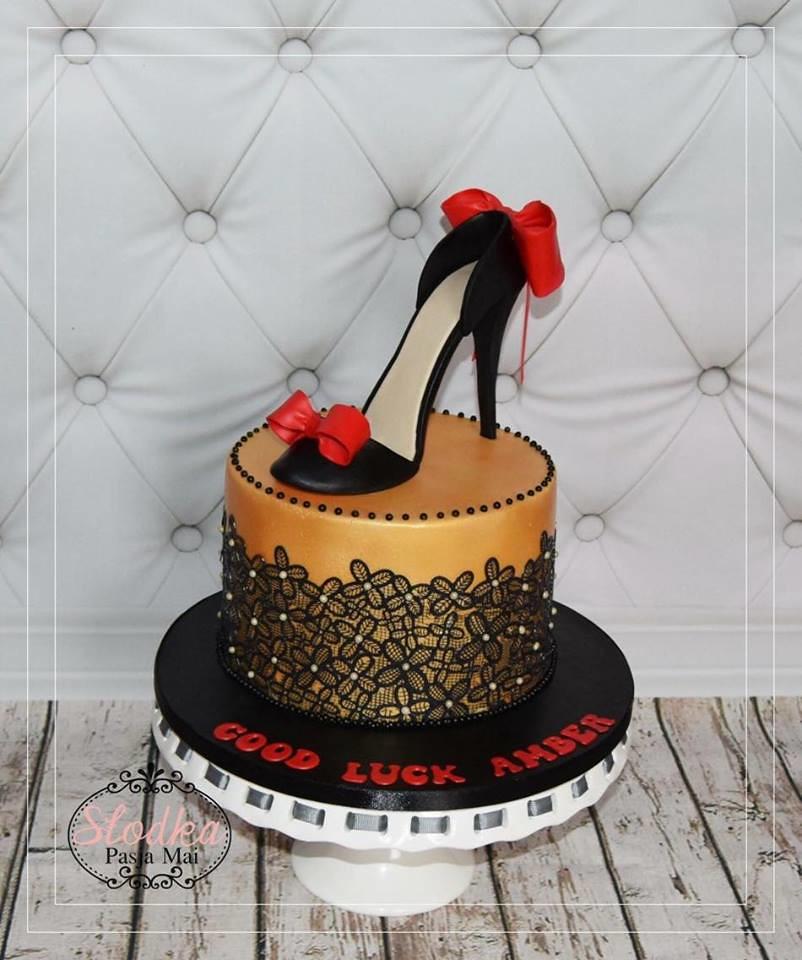 High Heel Cake by Maja Winiarska
