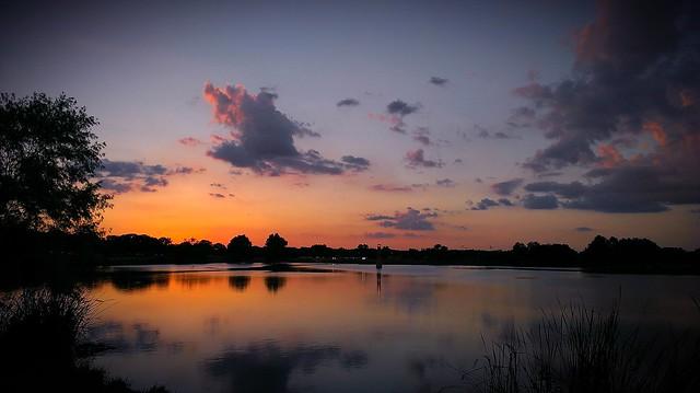 Sunsets at Woodlawn Lake almost make jogging enjoyable