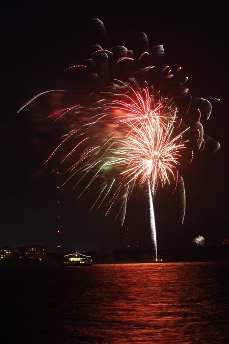 web_fireworks_0093