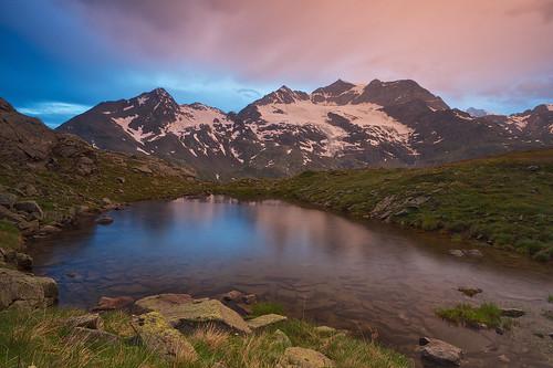 schnee sunset night schweiz sonnenuntergang ngc che gletscher teich regen graubünden berninapass wolkenhimmel gebirgeberge landschaftsfotografie pwpartlycloudy