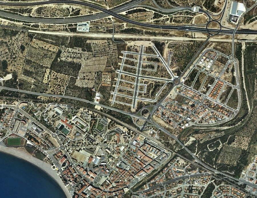 L'Hospitalet de L'Infant, Tarragona, L'Apostrofe de L'Horror, El Hospitalillo de Don Froilán, después, urbanismo, planeamiento, urbano, desastre, urbanístico, construcción, rotondas, carretera