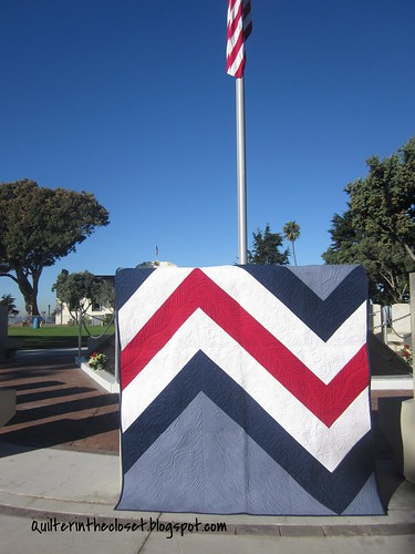 Giant Chevron closer up