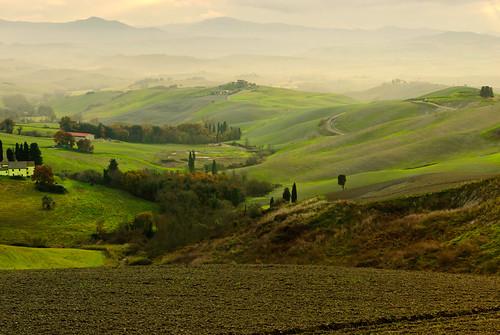 mist verde green fog landscape patterns volterra hills tuscany tuscan