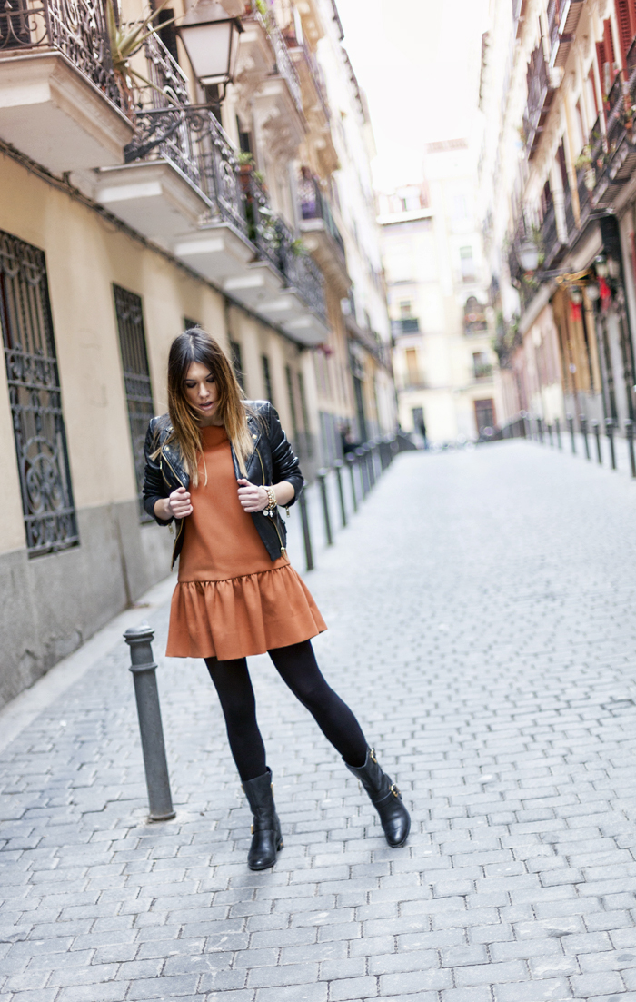 street style barbara crespo caramel dress fashion blogger outfit blog de moda